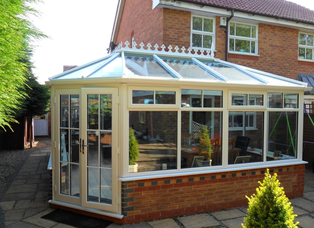 uPVC White Conservatory - Grosvenor Windows - Horwich - Bolton